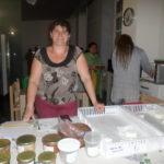 Christelle assistante de Catherine produits laitiers de chèvre